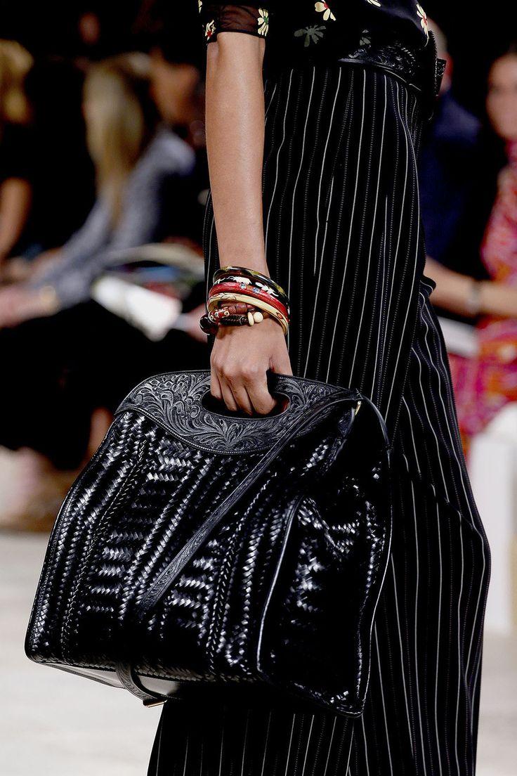手机壳定制free run   good for running Ralph Lauren Spring   Ready to Wear Collection Photos  Vogue