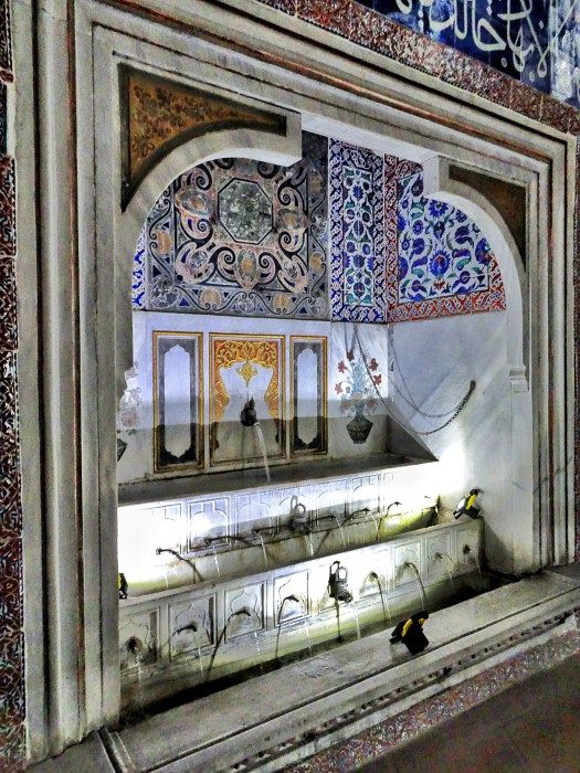 The Topkapi Palace and its Harem; the sultan's heaven on earth in Istanbul - WORLD WANDERISTA