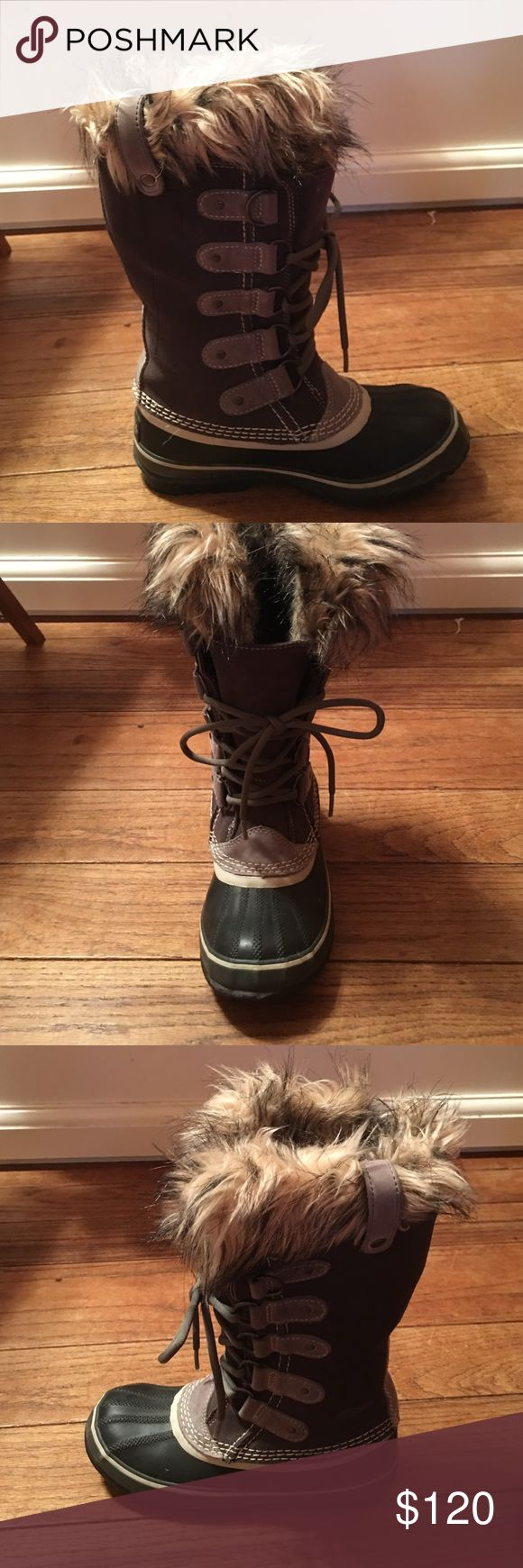 Sorel Joan of Arc boots Sorel Joan of arc boots, excellent condition, worn once, no wear on the bottoms or boot Sorel Shoes Winter & Rain Boots