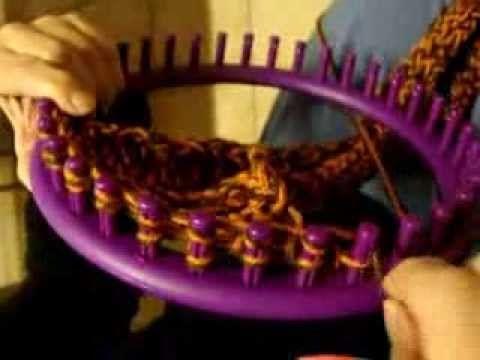 Bufanda en Telar Redondo / Circular muy Facil - Loom Knit Scarf in Spanish - YouTube