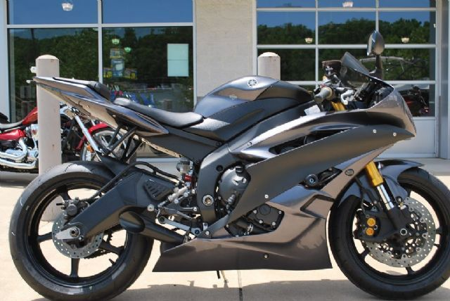 1000 ideas about yamaha r6 for sale on pinterest honda bikes harley davidson sportster and. Black Bedroom Furniture Sets. Home Design Ideas