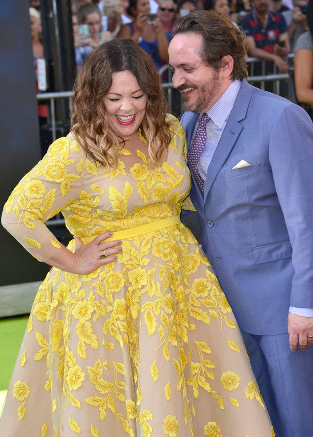 Melissa McCarthy & Ben Falcone from The Big Picture: Today's Hot Pics  The leading actress is spotted sharing a sweet moment with her hubby at the premiere of her new movie Ghostbusters at the Chinese Theatre in Hollywood.