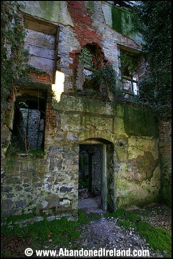 Abandoned Ireland.. this website contains the history and pictures of abandoned properties all across Ireland