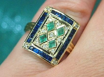 Jewellery-Ring-Vintage- Art Deco 9 carat yellow gold, natural emerald and blue sapphire ring