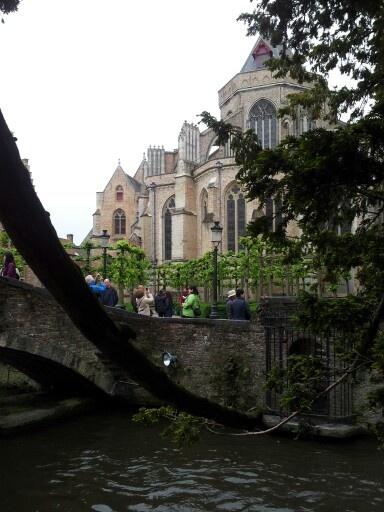 Brujas, Bruselas