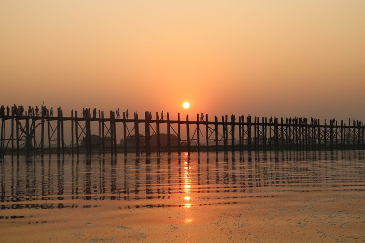 The road south of Mandalay
