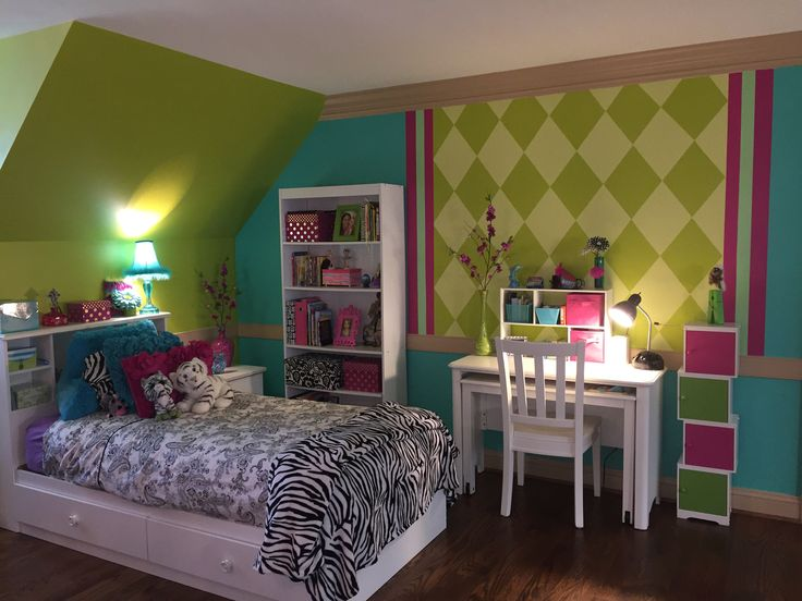 Chartreuse hot pink deep aqua with black white for Older girls bedroom designs
