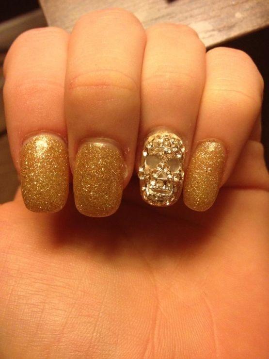 gold skull nails