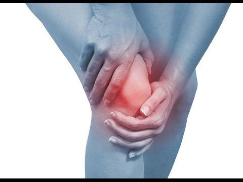 Болят колени, что делать? Убрать боль при помощи растяжки - YouTube