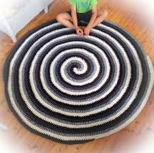 Bildresultat för virka rund matta