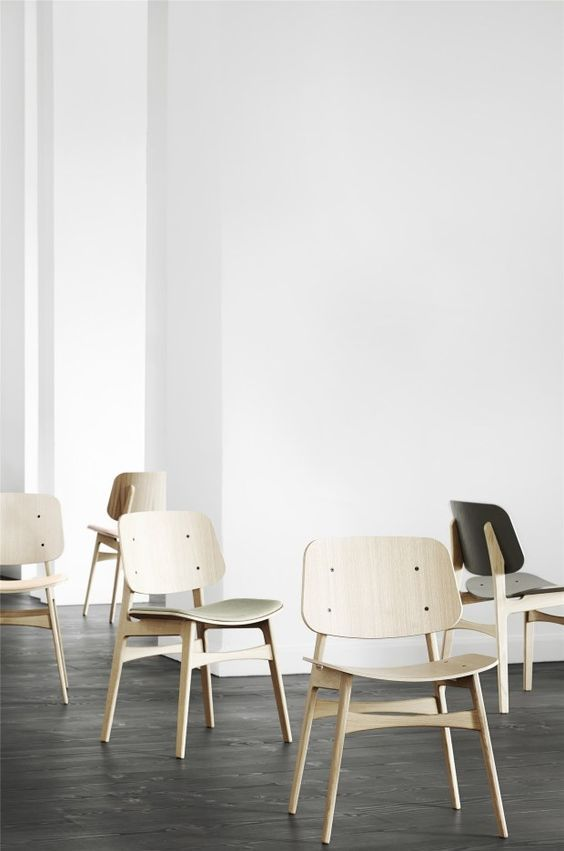The SØBORG Chair Was Designed By Børge Mogensen In 1950 With The Ambition  To Combine Industrial Properties With Traditional ...