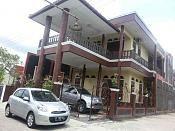 http://tanahperumahanjogja.blogspot.com : - Luas Tanah : 197 m2 - Luas Bangunan : 360 m2 - 4 Kamar Tidur Utama + AC - 1 Kamar Tamu dan Pembantu - 6 Kamar Mandi (4 Kamar Mandi Dalam) - R.Tamu,R.Keluarga ( 2 AC + Gorden) - R.Makan, Dapur Bersih, Dapur kotor (+ Kitchen Set) - Taman + Kolam Ikan, Gazebo Belakang dan Atas - Teras Depan, Atas, Samping, Belakang - Mushola, Tempat Cuci, Jemur dan Setrika - Garasi Luas Bisa 2 s/d 3 Mobil  - SHM, IMB Harga : Rp.1.500.000.000,-