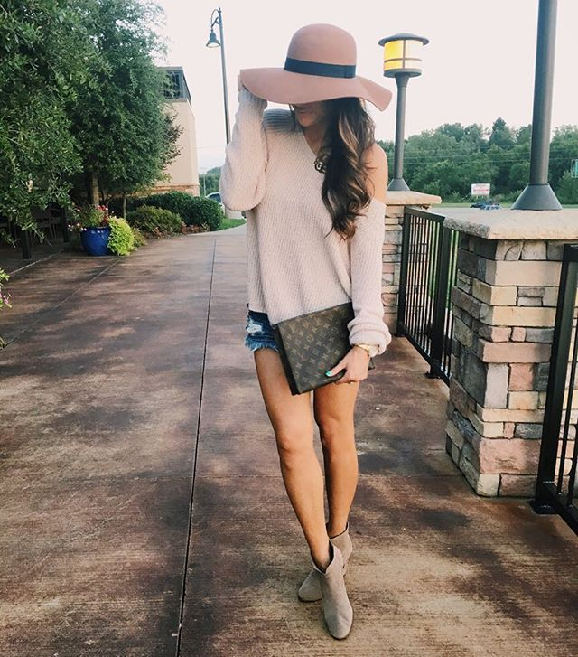 Fall style, hat, booties, shorts, Emily Ann Gemma