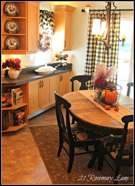 39 best images about french country kitchen on pinterest for Black country kitchen