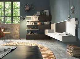 Il soggiorno è la stanza in cui passo la maggior parte del tempo quando sono a casa. è importantissimo il divano e la tv, ottimo posto per passare una serata con amici o in famiglia
