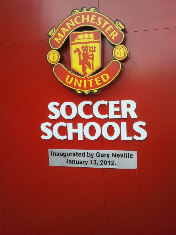manchester united academy director