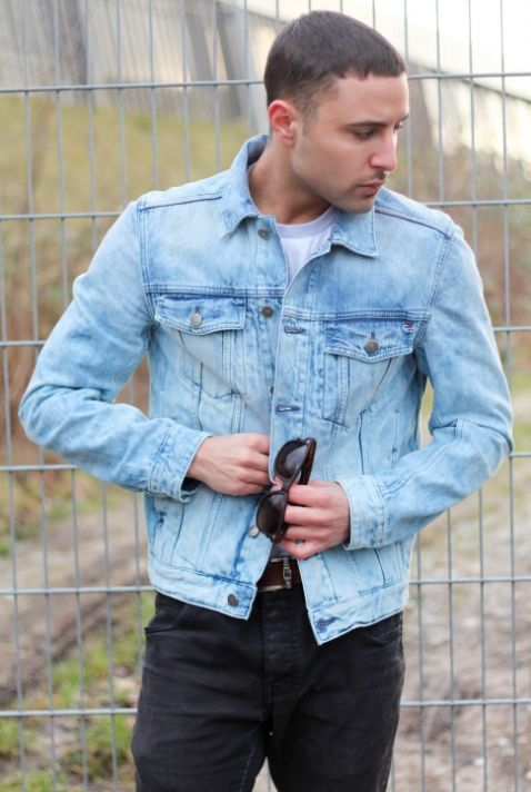 Mike Afsharian wearing our denim jacket #TommyHilfiger.