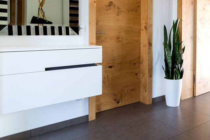 Als Visitenkarte eines Hauses ist ein stilsicheres und funktionales #Vorzimmer von großer Bedeutung.