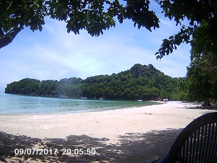 This is the white sand beach of Dakak Beach Resort in Dapitan Phillipines