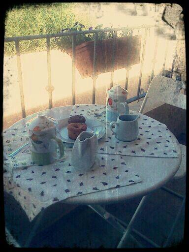 Breakfast table shabby chic (La mia colazione shabby)