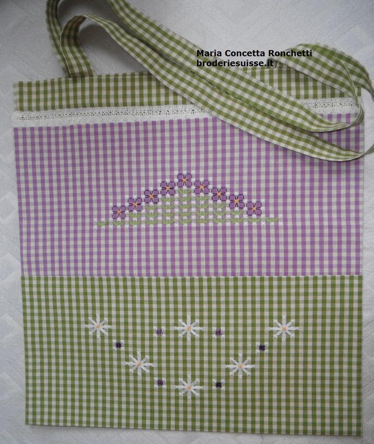 shopper verde viola, chicken scratch bag, flowers.embroidery.