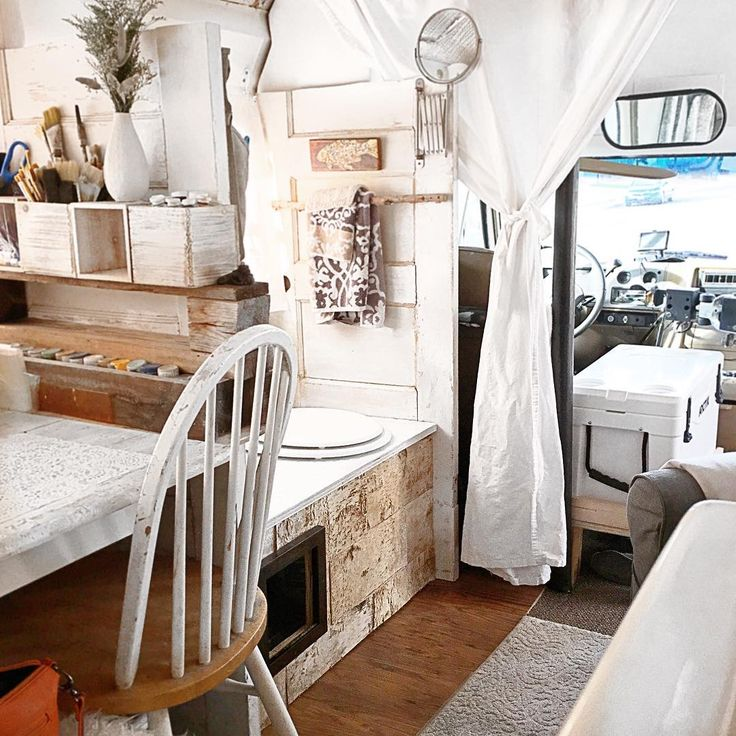 Short Bus, Bus Life, Bus Conversion, Buses, Tiny Houses, Glamping, Cozy,  Small Houses, Busses