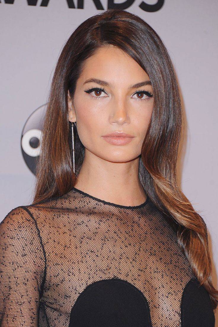 The Best Beauty Looks of the Week - November 8, 2014 - Elle - Lily Aldridge at the 48th Annual CMA Awards on 11/5/14