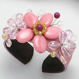 Bratara handmade cu jad - bijuterie din piele cu pietre semipretioase si cristale. http://www.argintarie.ro/Bratara-piele-roz-cu-pietre-jad-p-17069-c-377-p.html