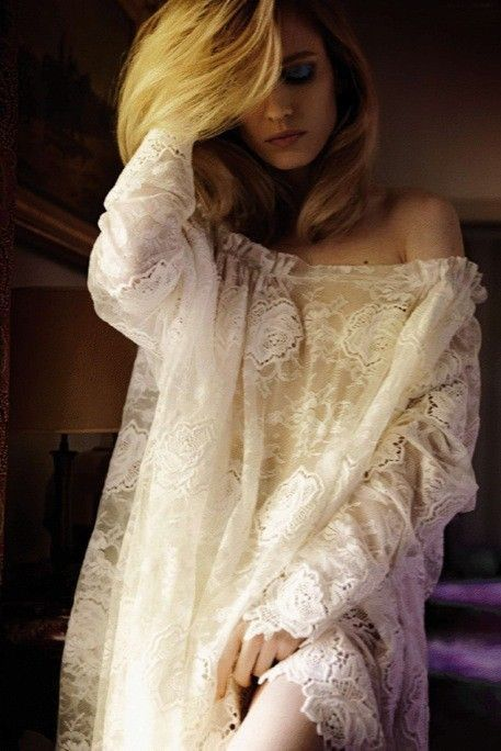 Beautiful and Tasteful Nighty for that very special Honeymoon....NWest****** Ma Vie Secrète