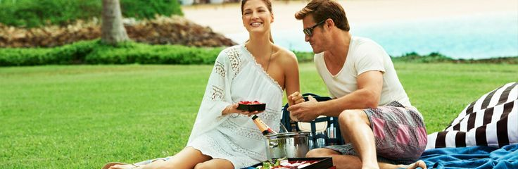 Enjoy dining in the great outdoors with Hayman Gourmet picnics