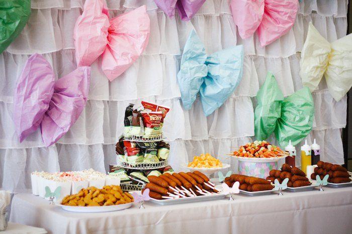 Pastel Minnie Mouse BOWtique birthday party via Kara's Party Ideas KarasPartyIdeas.com Cake, decor, cupcakes, printables, favors, food, and more! #minniemouse #minniemouseparty #minniemousepartyideas (10)