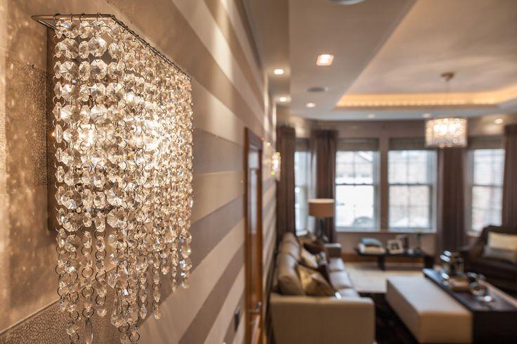 Linea wall crystal lamp by Manooi www.manooi.com #Manooi #Chandelier #CrystalChandelier #Design #Lighting #luxury #furniture