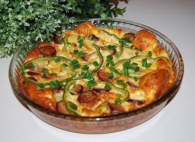 Frittata z kiełbasą i papryką