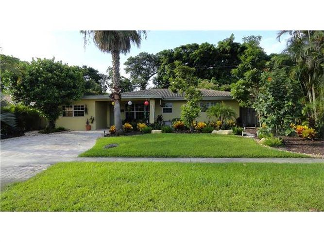 Pompano Beach, FL 33060 — Big Price Reduction* Must Sell**Your Gain*Sellers Loss! Desirable,Sought After Old Pompano Area,Very Quaint,This 2/2+ 26X11 Bonus Room,Could Be 3Rd Br,Has Closet and All The Bells and Whistles!Tropical Landscape&Fully Fenced*Gourmet Kitchen Has Granite,Stainless Appliances&Gorgeous Slate Floor!Character&Charm Hurricane Impact Windows,Sit in Your Own Little Paradise*Enjoy The Sparkling Pool!Has Security System*This Gem Will Not Last!No Cookie Cutter Homes…