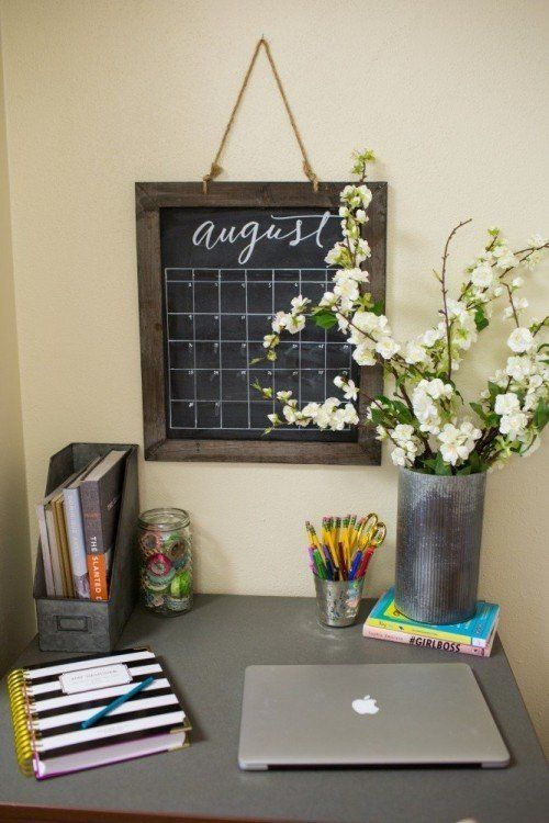Joanna+Gaines'+Dorm+Room+Decorating+Ideas+are+Cute+Enough+to+Use+in+Your+Home  - CountryLiving.com