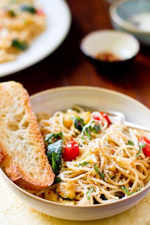 Simple summer spaghetti.