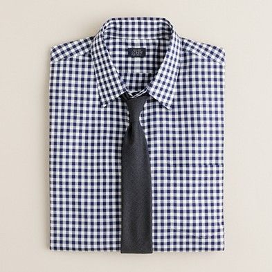 Basic shirts you should have #2: Navy gingham. Rock it with a solid tie (again, grey or dark navy --- are you getting it? you should own a dark grey and a dark navy tie.)