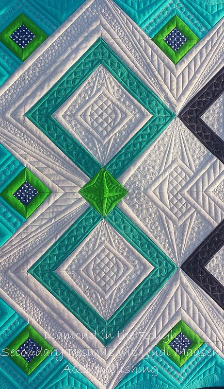 Green Fairy Quilts blog - WOW! Amazing quilting. Every quilt done with quilting that suits the pattern. Beautiful!