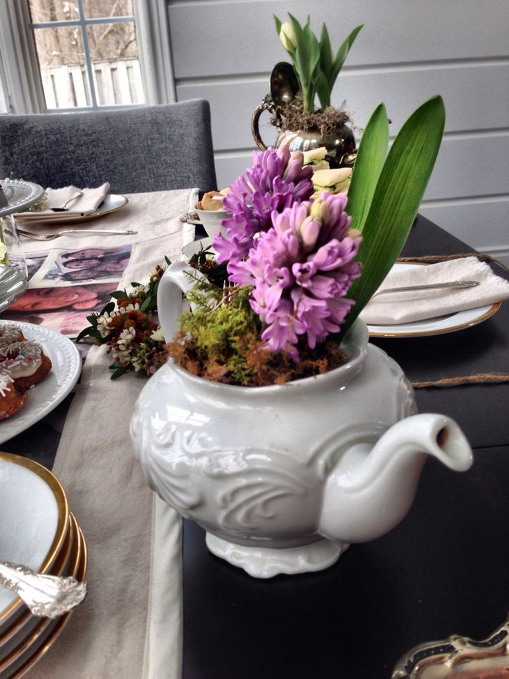 Teapot flower arrangements - created for a mother's day set: a simple way to dress up any flower arrangement