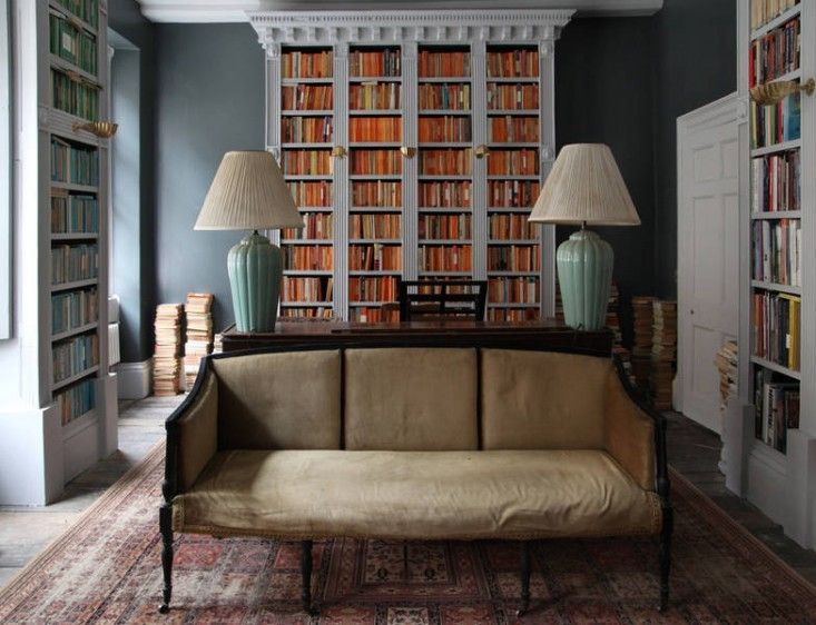 Bookcases. Berdoulat & Breakfast, Bath, England.: