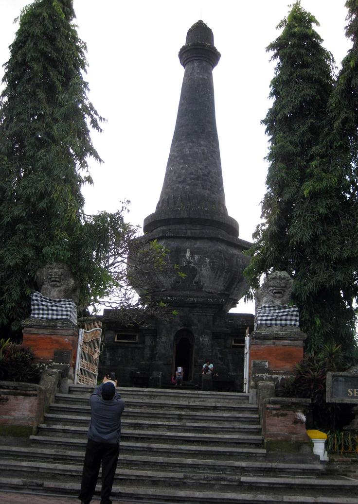 Tugu Puputan Klungkung, Bali-2011