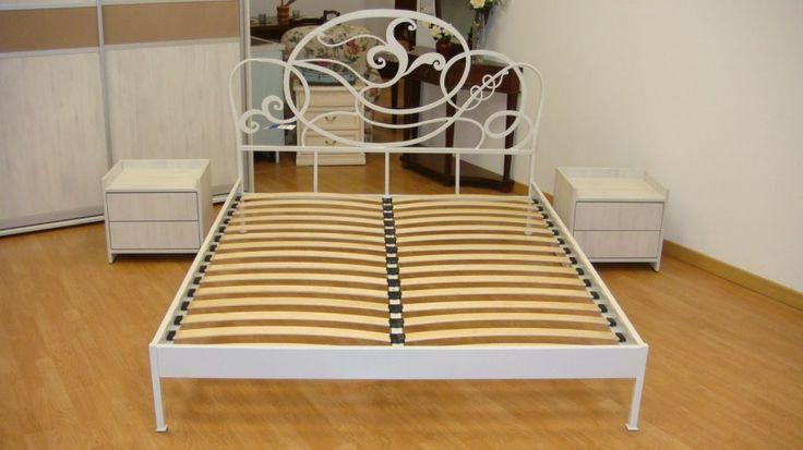 Mobila Dormitor dotat cu Dressing ce dispune de doua usi glisante si doua noptiere