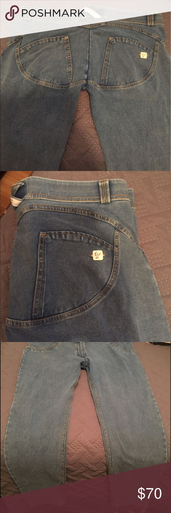 Freddy wr.up jeans Freddy wrup jeans. Sewn to accentuate the booty. These really make the butt look amazing just like booty scrunch does in workout leggings. Worn twice. Washed but not dried in dryer. Air dried. Elastic is in phenomenal shape. Freddy Jeans Ankle & Cropped