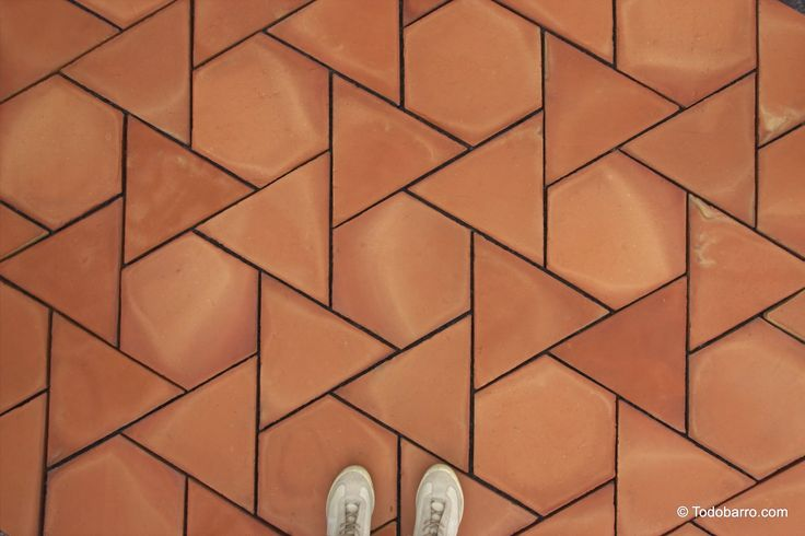 Teselado Girasol | Spanish Revival Architecture, terracotta floor tiles.