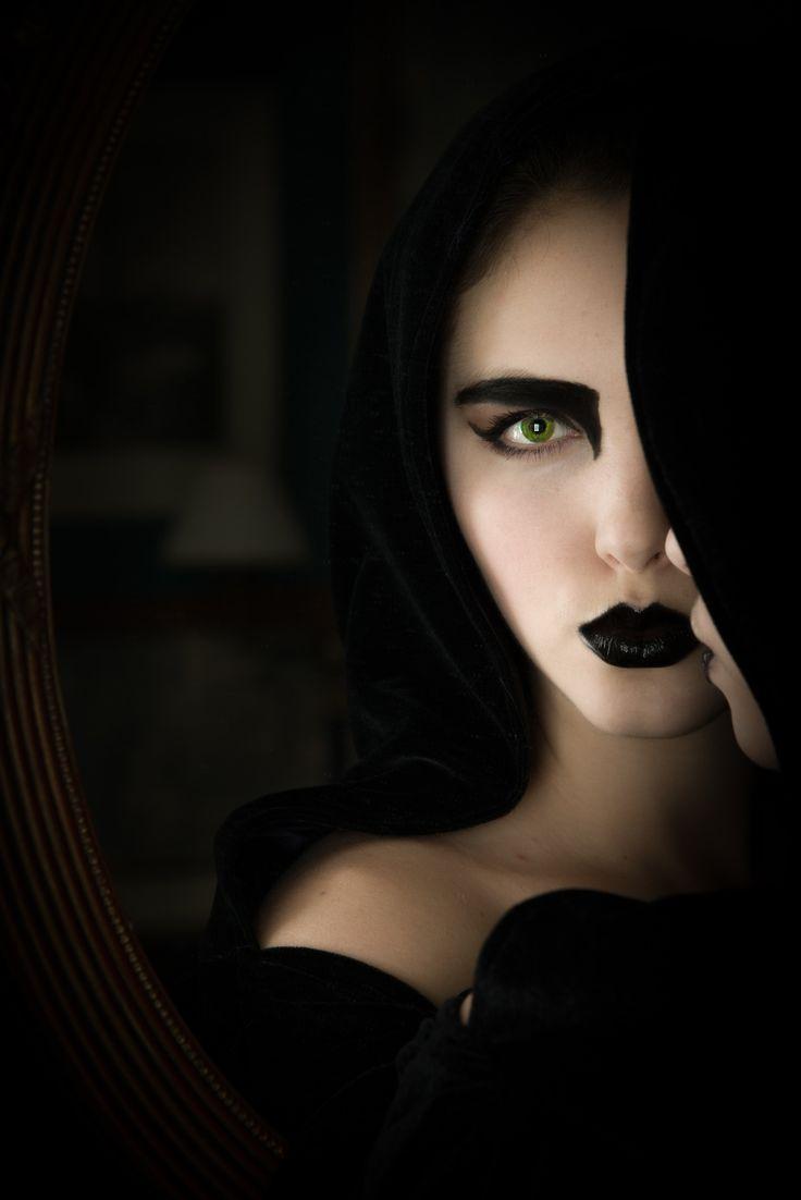 50 besten Moodboard: Gothic Bilder auf Pinterest   Gothik, Schwarzer ...