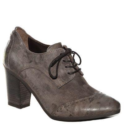 #Scarpa francesina #Khrio in camoscio e pelle marrone http://www.tentazioneshop.it/scarpe-khrio/francesina-24791-marrone-khrio.html