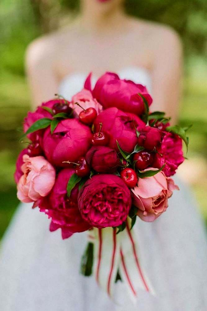 30 Wedding Bouquets That Are Beautiful & Unique ❤ See more: http://www.weddingforward.com/beautiful-wedding-bouquets/ #weddings
