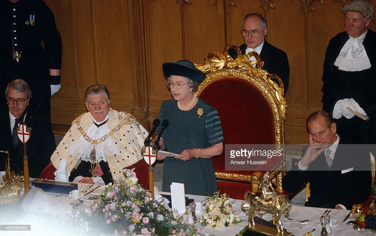 Queen Elizabeth ll delivers her 'Annus Horribilis' speech at the Guildhall and describes her sadness at the events of the year including the marriage breakdown of her two sons and the devastating fire at her home Windsor Castle on November 24, 1992 in London, England. (Photo by Anwar Hussein/Getty Images)