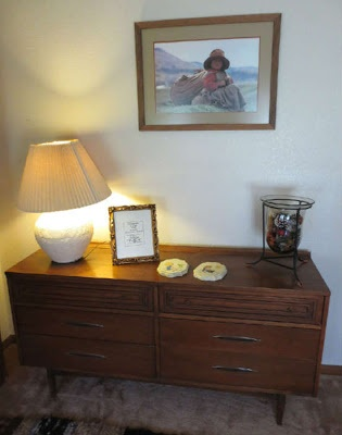 Broyhill Sculptra Dresser At Austin Estate Sale · Vintage FurnitureDressersMid  Century