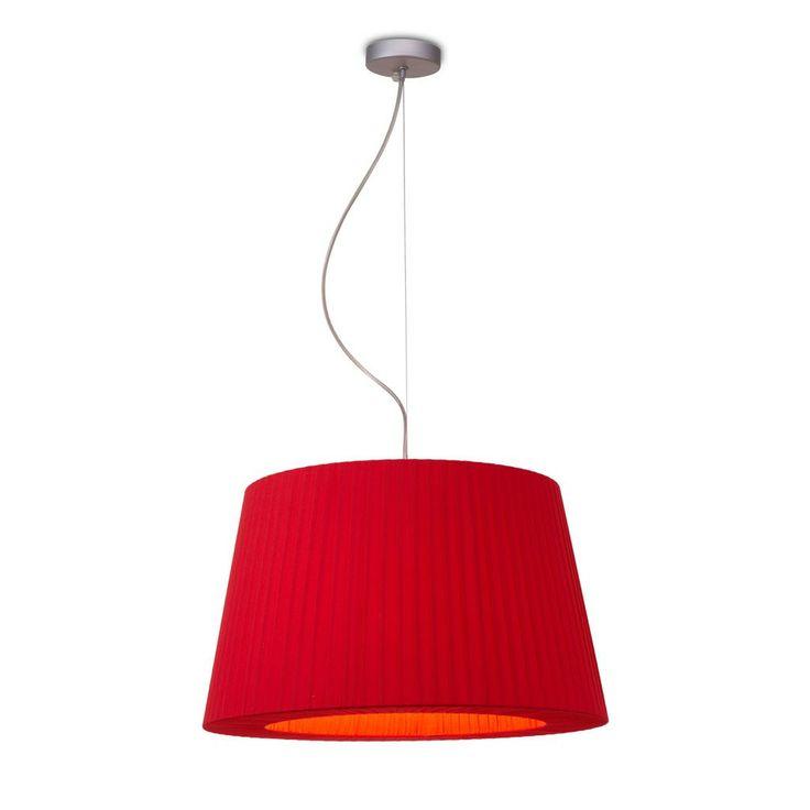 Lámpara de techo colgante modelo Alpamayo. Es una lámpara de techo con pantalla textil disponible en varios colores.
